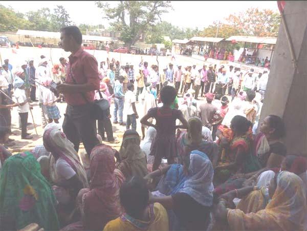 False encounter Parasnath mountain tribal village killed in encounter