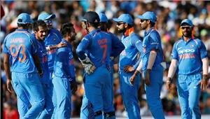 दाम्बुला वनडे  भारतनेश्रीलंकाको 216 पर समेटा