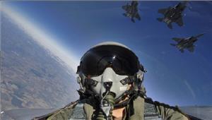 लड़ाकू पायलटों की कमीसेवानिवृत्त सैन्य पायलटों को वापस बुला सकता हैअमेरिका