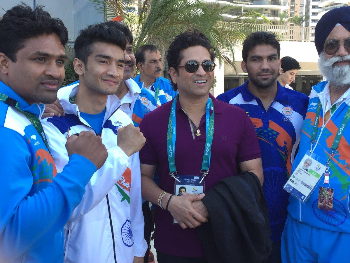 sachin tendulkar with olympic team india
