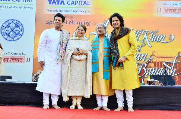 Amaan Ali Bangash, Subhalakshmi Khan, Ustad Amjad Ali Khan and Ayaan Ali Bangash 2.jpg