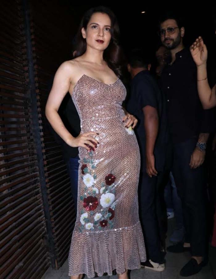 Kangana Ranaut and the team of Manikarnika The Queen of Jhansi Celebrate the Wrap of The Film