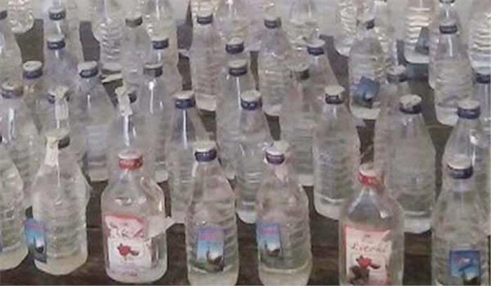 बिहार:भारी मात्रा में देशी शराब बरामद, 1गिरफ्तार
