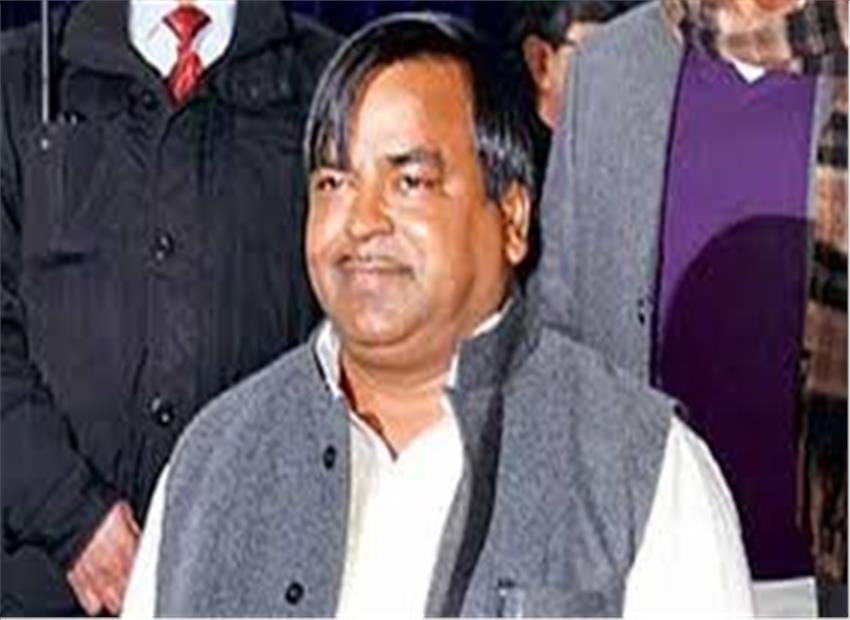 दबंगई का नया उदाहरण प्रजापति