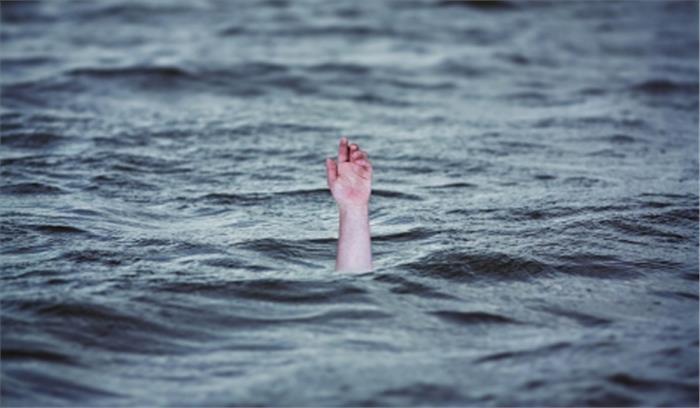 दिल्ली का महाराजा बोला : स्वच्छ यमुना के लिए नदी में मूर्ति विसर्जन नहीं, न प्लास्टिक का होगा उपयोग