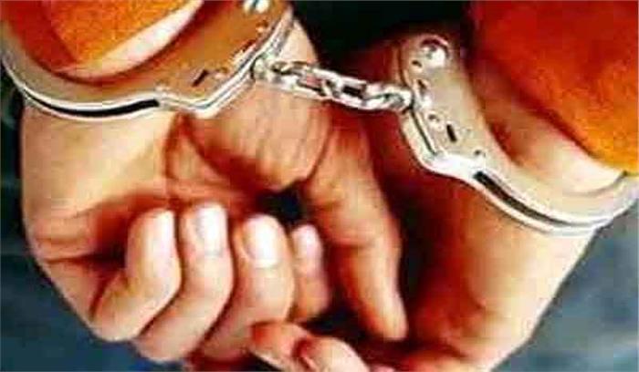 फर्जी शस्त्र लाइसेन्सों पर हथियार खरीदने वाला आरोपी गिरफ्तार