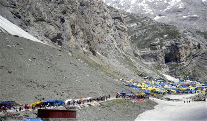 अमरनाथ यात्रा के लिए 2,224 तीर्थयात्रियों का जत्था रवाना
