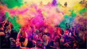 गोरखपुर में सिविल डिफेंस का सायरन बजने के बाद रंग खेलना बंद