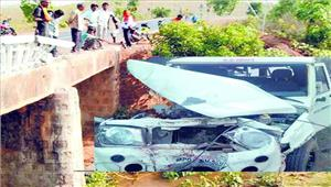 मजदूरों से भरा वाहन पलटा 11 की मौत