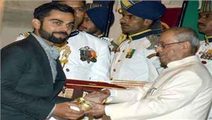 जोशी पवार कोहली पौडवाल सहित 39 हस्तियां पद्म पुरस्कार से अलंकृत