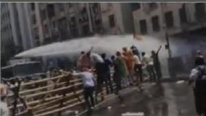 बीजेपी कार्यकर्ताओं ने पुलिस हेडक्वार्टर के सामने प्रदर्शन किया