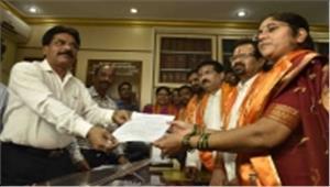मुंबई मेयर पद की रेस से हटी भाजपा