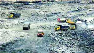 गारे-पेलमा खदान से कोयले की चोरी धड़ल्ले सेशासन को लग रहा करोड़ों का चूना
