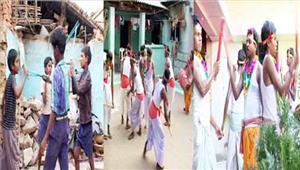 एक गांव जहां डंडा नाचकर उत्साह से मनाते हैं होली
