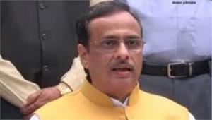 दिनेश शर्मा ने दिया महापौर पद से इस्तीफा