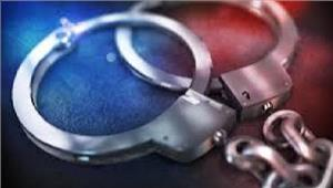 अमेरिकी नागरिकों को ठगने वाले 2और कॉल सेंटर पर छापा 13 गिरफ्तार