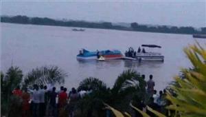 आंध्र प्रदेश में नाव पलटने से 13 लोगों की मौत