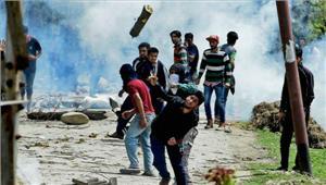 कश्मीर श्रीनगर-बडगामउपचुनाव मेंहमला3 मरे