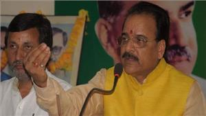 भाजपा मंत्रिमंडल में कोई फेरबदल नहीं अजय भट्ट