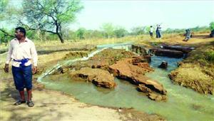 नहर कटने से गांवों में जलसंकट