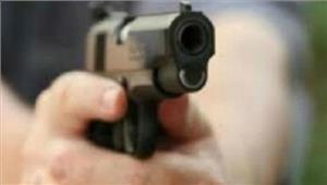 बांदाभूमि विवाद को लेकर भतीजी को गोली मारी