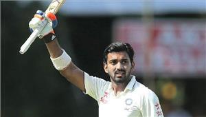 बेंगलुरू टेस्ट  भारत ने भोजनकाल तक 2विकेट के नुकसान पर 72 रन बनाए