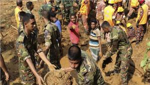 बांग्लादेश बाढ़ व भूस्खलन मेंमरने वालों की संख्याहुई151