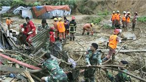 बांग्लादेश में भूस्खलन सेमृतकों की संख्या पहुंची 163