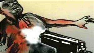 चुनावी रंजिश के चलते कांग्रेस प्रत्याशी के भाई की गोली मारकर हत्या