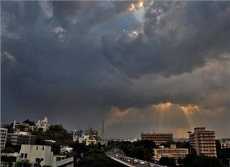 मध्य प्रदेश में बादल छाए