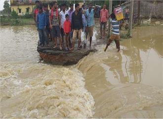 बिहार  18 जिलों में बाढ़ का कहर अब तक 202 मरे