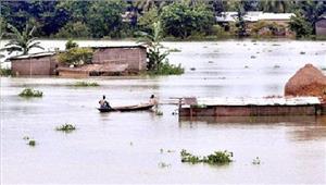 बिहारबाढ़ग्रस्त इलाकों में पानी धीरे-धीरे निकल रहा
