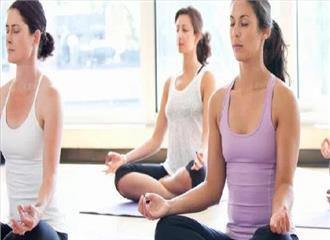 ब्राजील में योग से दूर कर रहे तनाव
