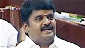 तमिलनाडुसी विजयभास्करके घर आयकर विभाग का छापा