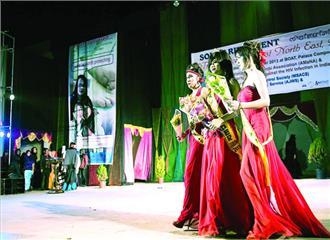 दिल्ली मिस ट्रांस क्वीन इंडिया 2017 की मेजबानी के लिए तैयार