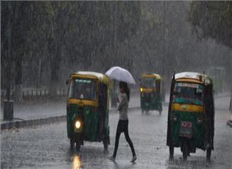 चंडीगढ़ में बारिश से आसपास के इलाकों मेंतापमान में गिरावट