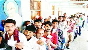 आरोप-प्रत्यारोपों के बीच गुजरात चुनाव के अंतिम चरण में 69 फीसदी मतदान