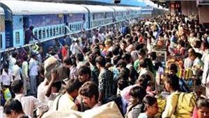 छठ पर रेलगाडिय़ों में भीड़ सक्रिय दलाल धरपकड़ हुई शुरू