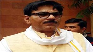 मुख्यमंत्री के समक्ष उठाई जिले में विशिष्ट टर्मिनल मंडी की स्थापना