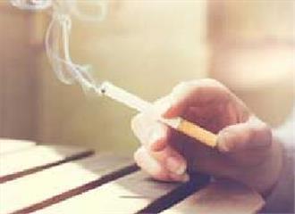 धूम्रपानव्यक्ति के संपर्क में रहने वालोंको गठिया का खतरा
