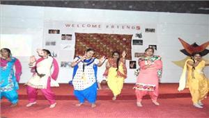 विदेशी प्रतिनिधि मण्डल के स्वागत में सांस्कृतिक कार्यक्रम