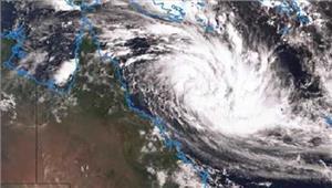 ऑस्ट्रेलियाडेबी तूफान से पहलेहजारों लोगों को सुरक्षित बाहर निकाला