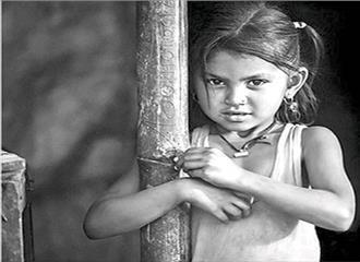 बेटियां आज भी रूढ़ियों की कैदी हैं?