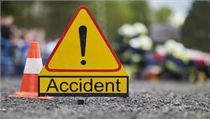 उत्तर प्रदेश सड़क दुर्घटना में महिला समेत दो की मृत्यु