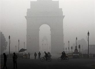 दिल्ली में सर्द भरी सुबह