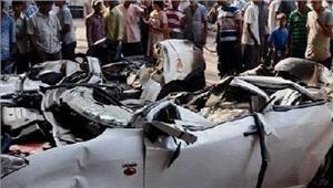पंजाबी बाग फ्लाईओवर से नीचे गिरी कार  महिला समेत2 लोगोंकी मौत