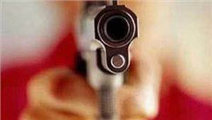 जनपद अध्यक्ष का भाई गोली लगने से घायल