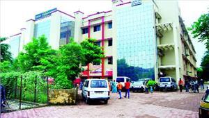 जिला अस्पताल बनेगा 'ई-हास्पिटल'कामकाज ऑनलाइन करने की तैयारी
