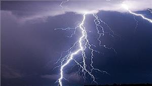 बिजली गिरने से 1व्यक्ति की मौत 4 घायल