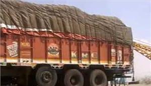 सहारनपुर में पुलिस ने मांस से भरा एक ट्रक जब्त 